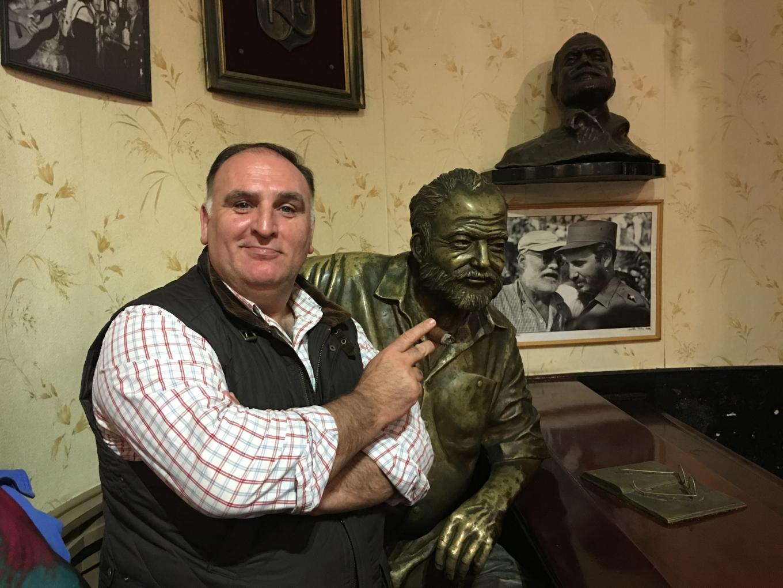 """Chef José Andrés with """"Hemingway"""" at El Floridita in Havana (Photo: José Andrés)"""