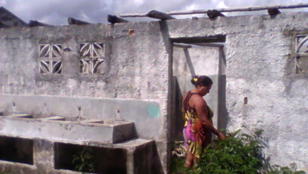 14 years after Carlos Lage's promises, the victims of Hurricane Isidoro remain without their homes. (Ricardo Fernandez)