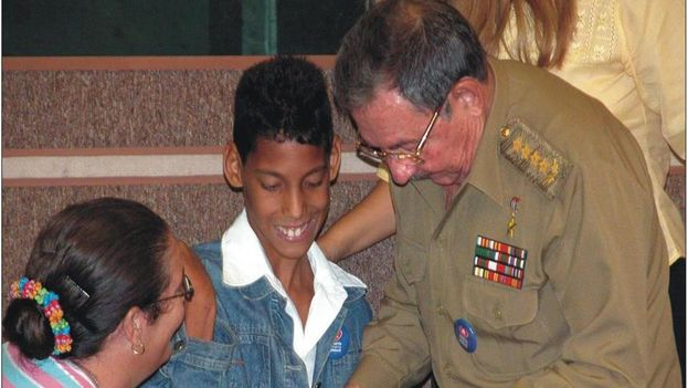 Jorgito debuted in his public life on the occasion of the Fourth Pioneers Congress, when he caught the attention of Raul Castro
