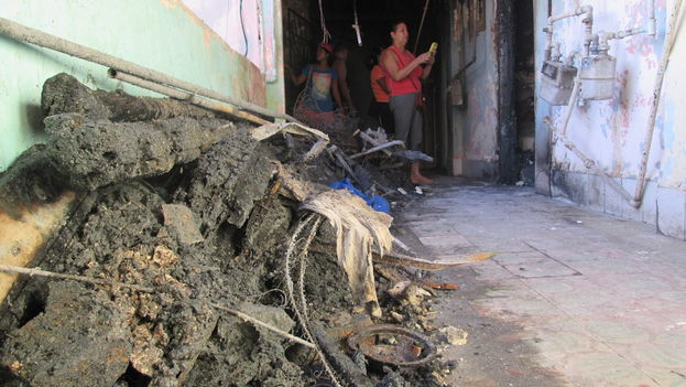 The fire broke out around noon, when the house in which live two women and a four-year-old girl, was empty. (14ymedio)