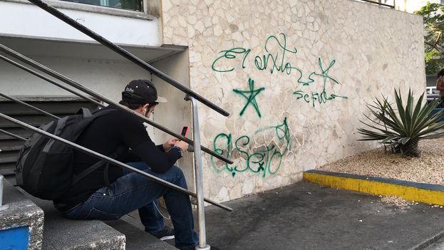 El Sexto's graffit after the death of Fidel Castro. (14ymedio)